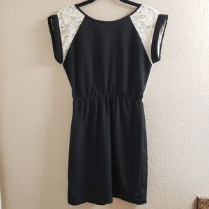 Francesca's Black Short Sleeve Long Tee with Lace